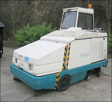 Tennant 8400 Sweeper