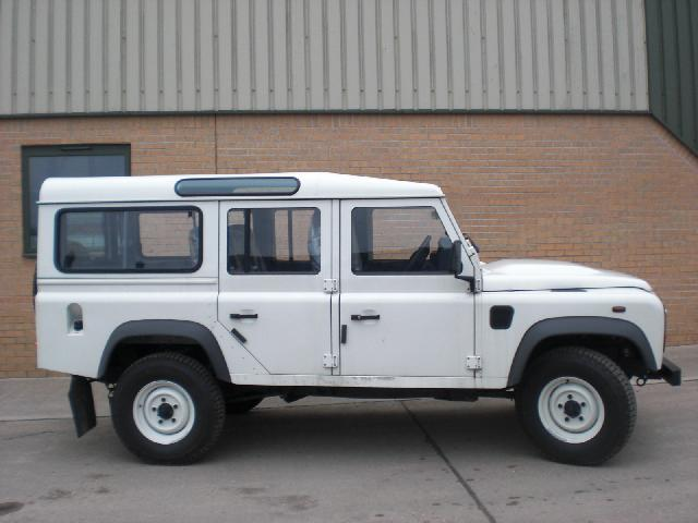 New Land Rover Defender 110 Station Wagon