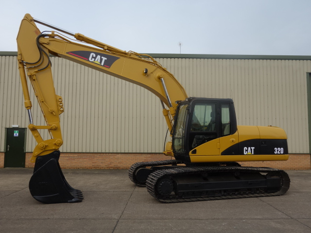 Caterpillar Tracked Excavator 320 CL - ex military vehicles for sale, mod surplus
