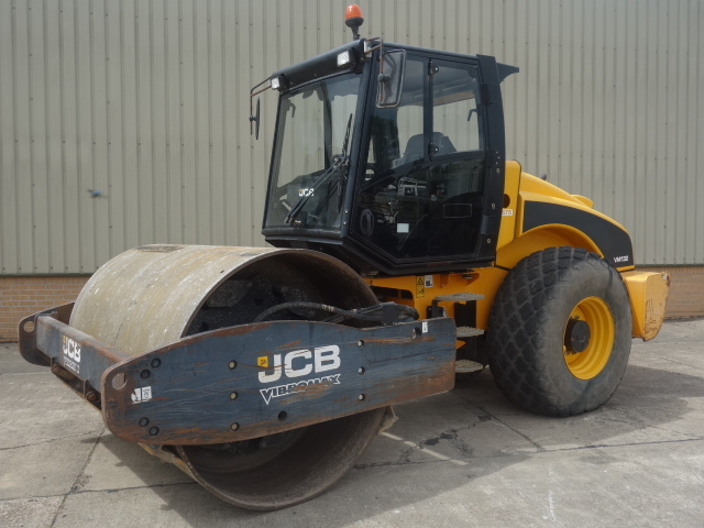 MoD Surplus, ex army military vehicles for sale - JCB Vibromax VM132D Roller
