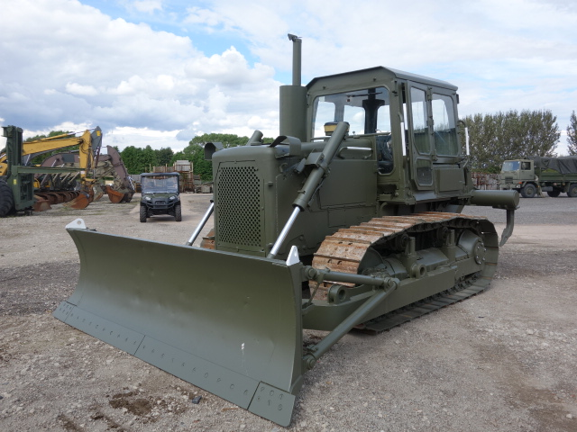 Caterpillar D6D dozer with ripper - ex military vehicles for sale, mod surplus