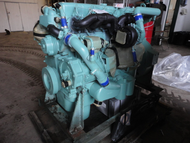 military vehicles for sale - Reconditioned Bedford 500 engine