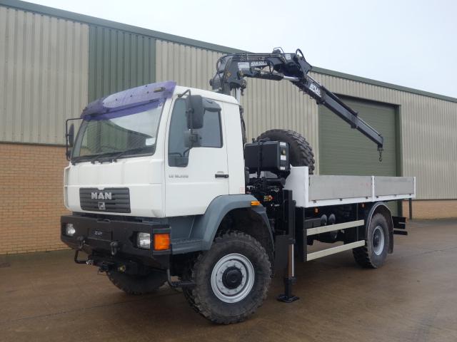 MAN LE18.220 4x4 crane truck  - ex military vehicles for sale, mod surplus
