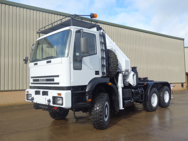 MoD Surplus, ex army military vehicles for sale - Iveco eurotrakker 6x6 tractor unit with crane