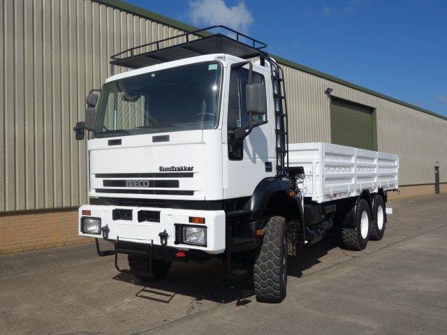 military vehicles for sale - Iveco 260E37 Eurotrakker 6x6 Drop Side Crane Truck