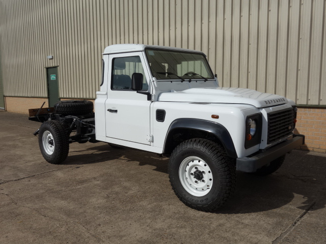 military vehicles for sale - Land Rover 130 LHD chassis cab