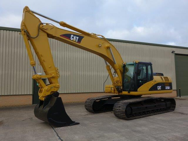 Caterpillar Tracked Excavator 325 DL - ex military vehicles for sale, mod surplus
