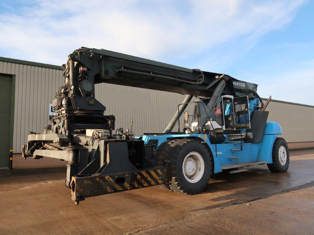 military vehicles for sale - SMV 4531 CB5 Container Reachstacker