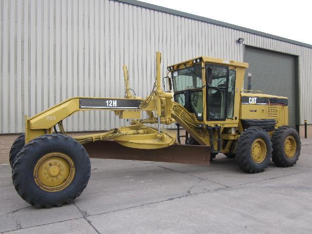 Caterpillar Grader 12 H - ex military vehicles for sale, mod surplus