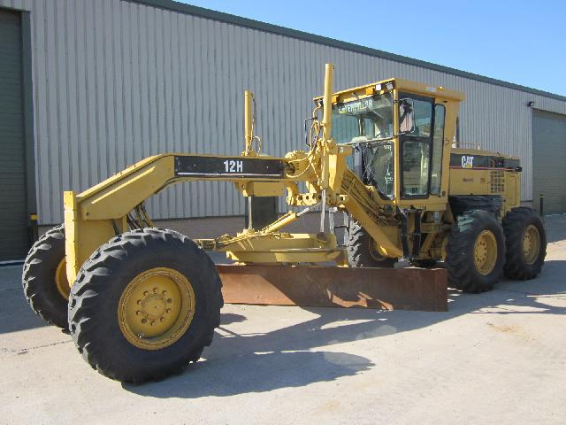 military vehicles for sale - Caterpillar Grader 12 H