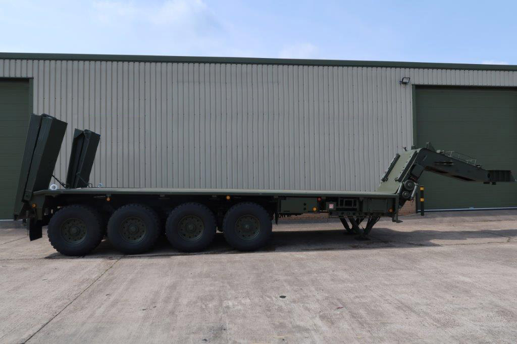 military vehicles for sale - Kassbohrer  SLT-50-2 60 Ton Semi Trailer