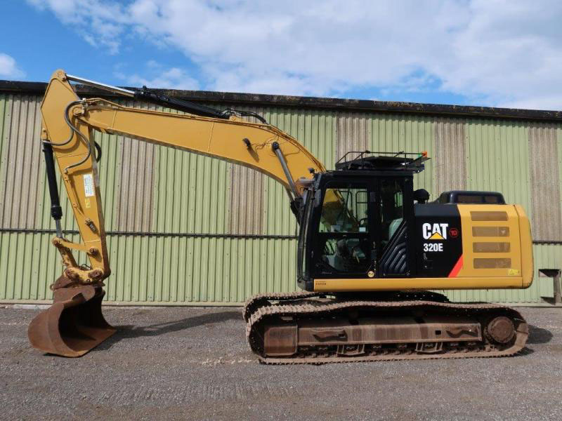 military vehicles for sale - Caterpillar Tracked Excavator 320EL 2015