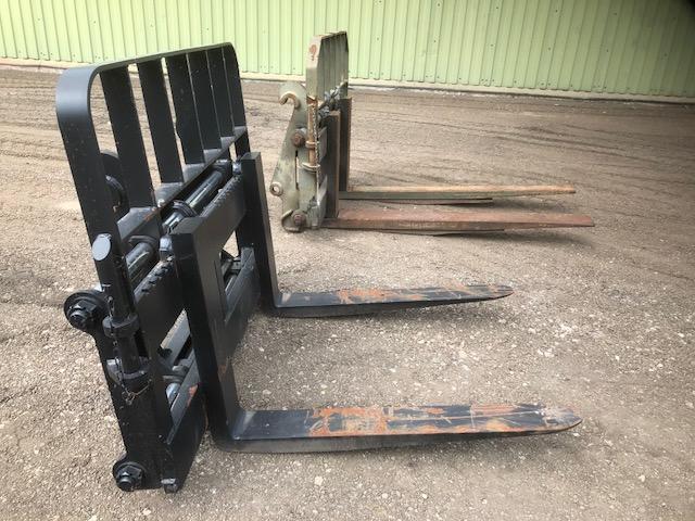 Heavy Duty Side Shift Fork Attachments - Case 721 / JCB 4CX