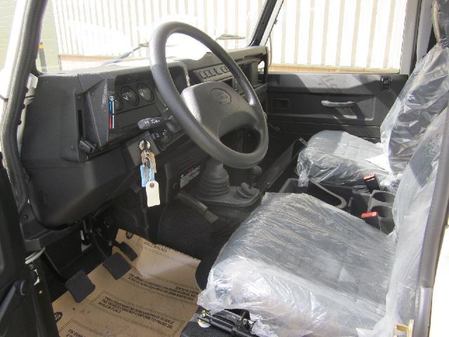 Unused Rover Defender 110 LHD pickups