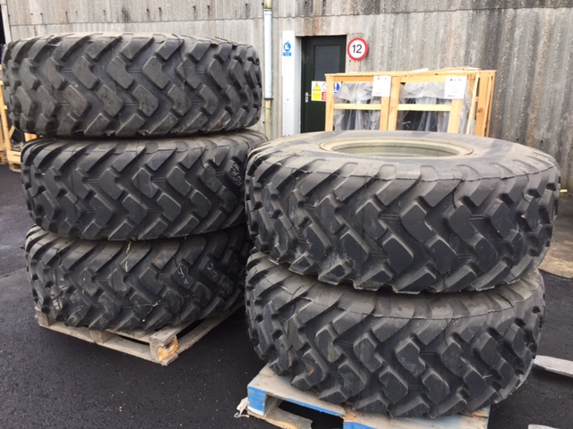 Michelin 20.5R25 XTL unused on rims  - ex military vehicles for sale, mod surplus