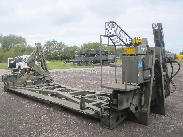 MoD Surplus, ex army military vehicles for sale - Ekalift (Drops) handling system