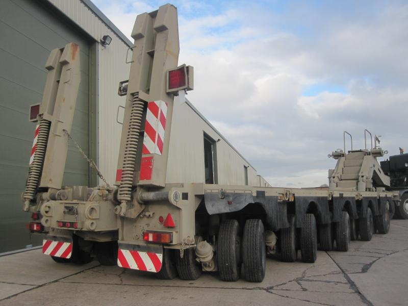 MoD Surplus, ex army military vehicles for sale - M1000 Semi-trailer, 80-ton, 40-wheel, heavy equipment transporter