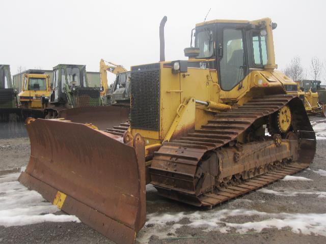 Caterpillar Bulldozer D6M LGP - ex military vehicles for sale, mod surplus