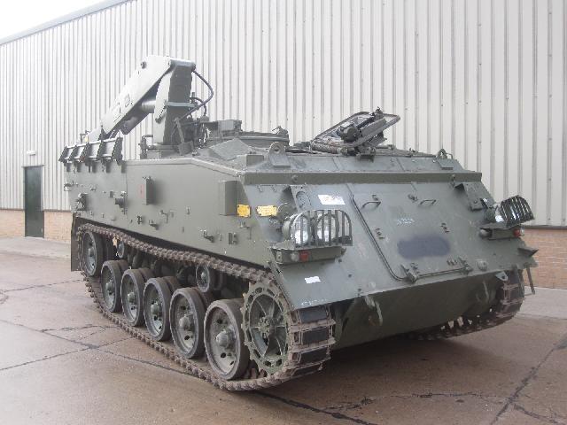 FV434 repair vehicle