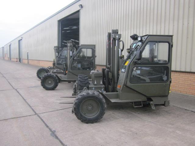 Moffett Mounty M2275 forklift - ex military vehicles for sale, mod surplus