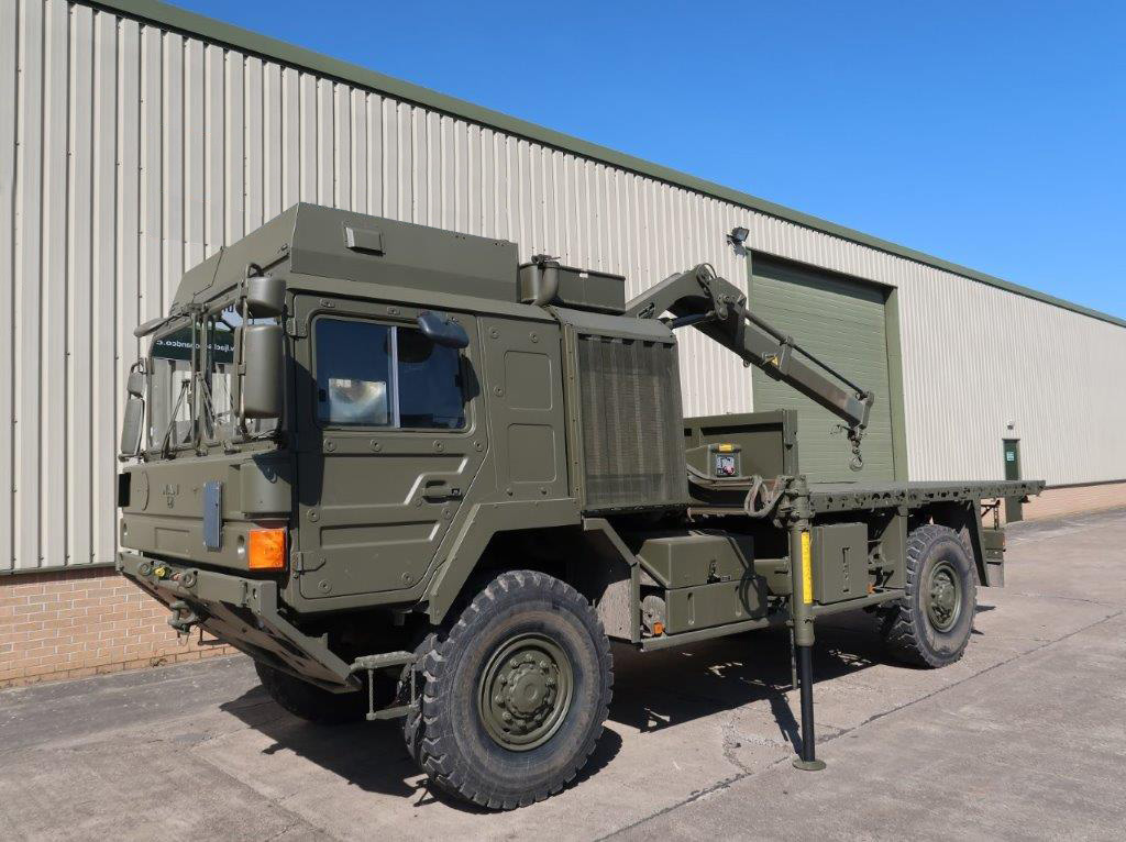 military vehicles for sale - MAN HX60 18.330 4x4 Crane Truck