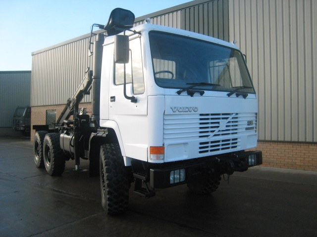 MoD Surplus, ex army military vehicles for sale - Volvo FL12 6x6 tractor unit with crane