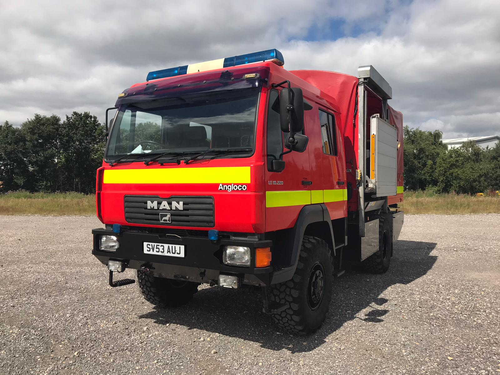 military vehicles for sale - MAN LE 10.220 4x4 Crew Cab Truck (Not a Fire Engine)