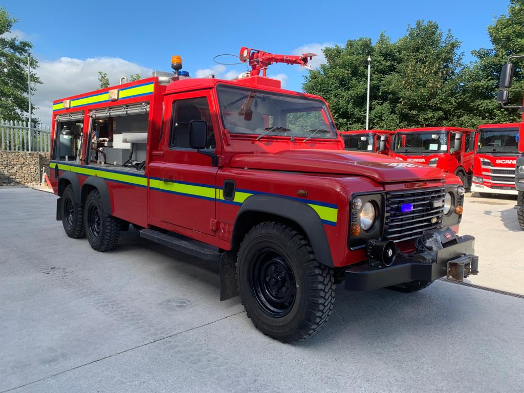 <a href='/index.php/main-menu-stock/drivetrain/6x6/50396-land-rover-defender-special-6x6-tdci-fire-engine-50396' title='Read more...' class='joodb_titletink'>Land Rover Defender SPECIAL 6x6 TDCi Fire Engine - 50396</a>