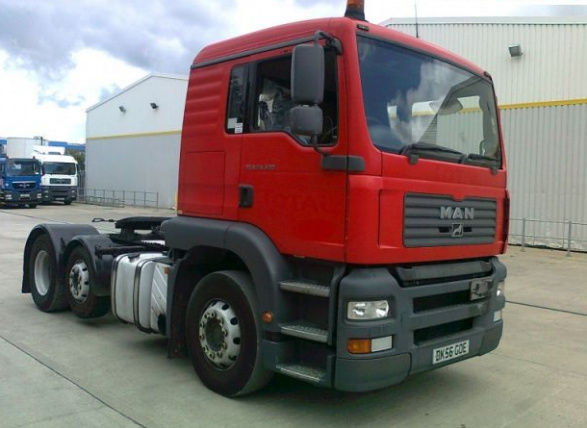 MAN 24.430 6x2/2 RHD Tractor Unit (Petregs) - ex military vehicles for sale, mod surplus