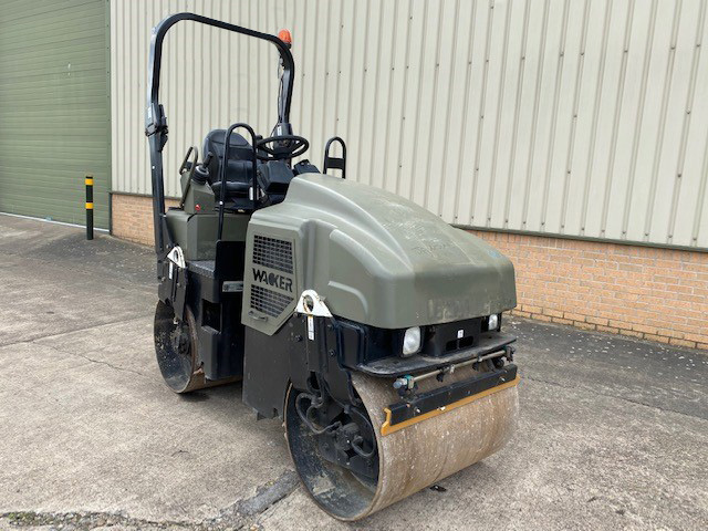 MoD Surplus, ex army military vehicles for sale - Wacker RD27-100 Roller