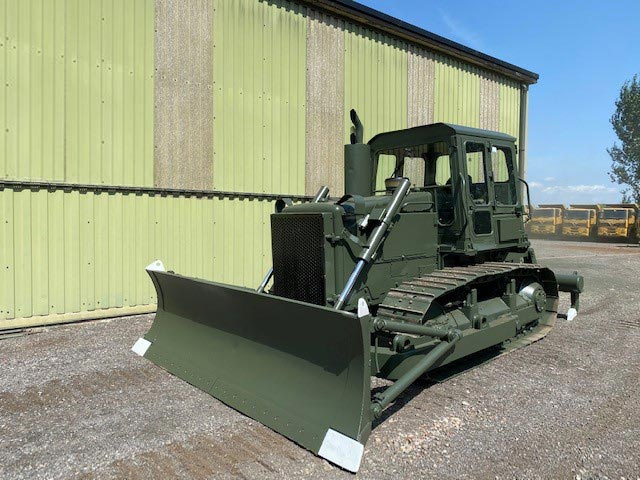 military vehicles for sale - Caterpillar D6D dozer with Ripper