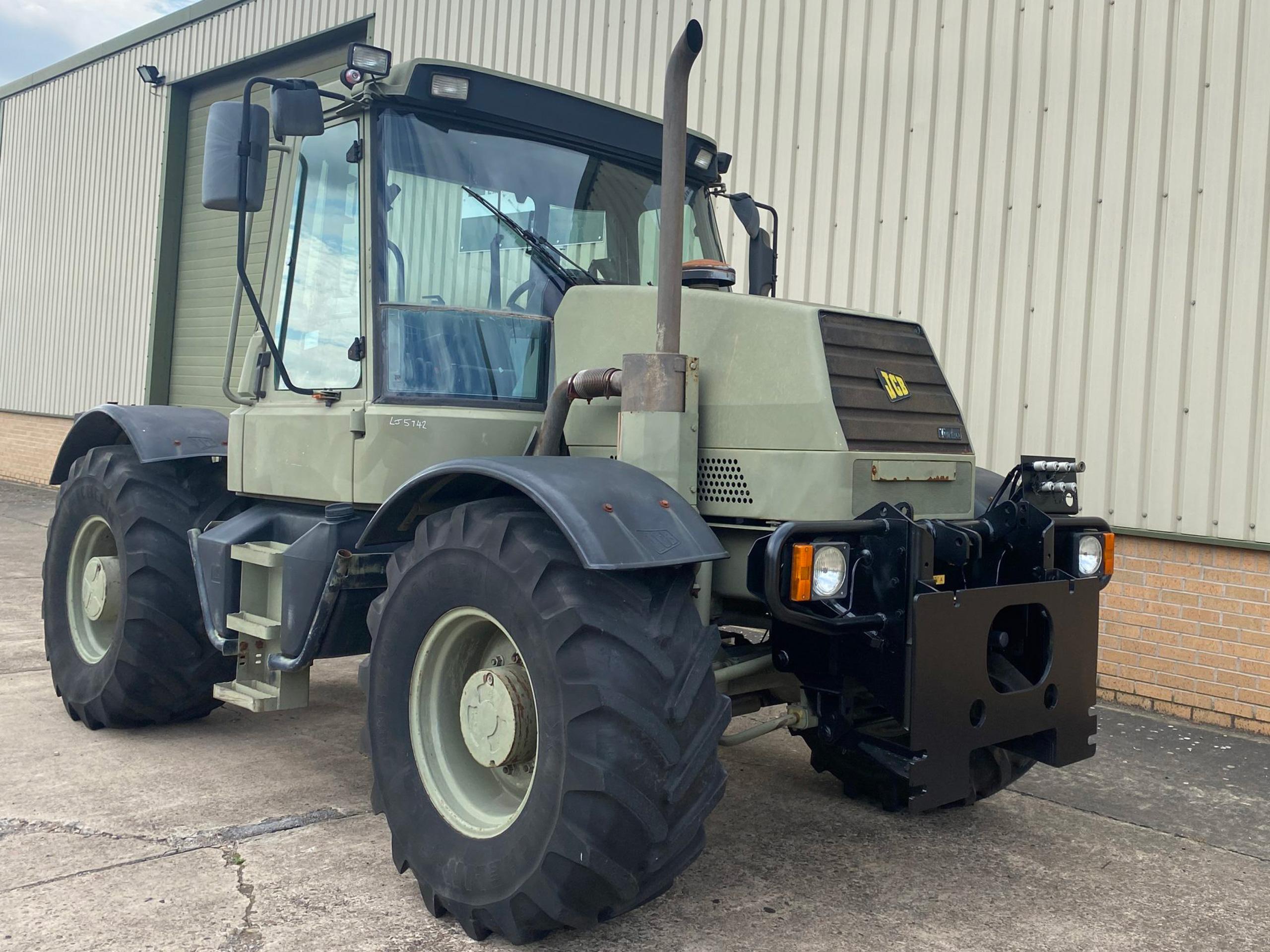 JCB fastrac 150T 80 ex MoD - ex military vehicles for sale, mod surplus
